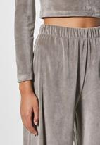 VELVET - Pull-on wide leg trouser - taupe