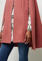 edit - Collared cape - pink