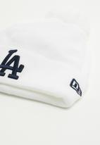 New Era - Knit womens bobble New York Yankees - white