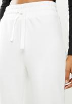 MANGO - Trousers maxime8 - natural