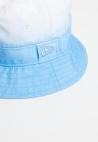 New Era - Wmns dipped colour bucket hat New Era - blue & white
