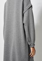 Superbalist - Dropped shoulder oversize sweat dress - grey