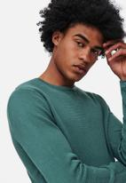 Only & Sons - Onspanter life 12 struc crew knit - north atlantic teal
