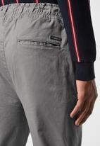 Superbalist - Blaze slim jogger - grey