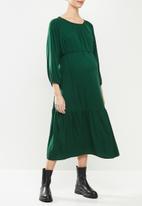 Superbalist - Belted tiered midi dress - bottle green