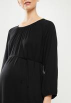Superbalist - Belted tiered midi dress - black