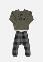 Quimby - Boys tee & check sweatpants set - green & grey