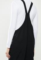 Superbalist - Woven tie strap dungaree - black