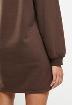 Blake - Sweater dress - rootbeer