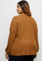 edit Plus - Long sleeve high neck balloon drop shoulder top - tobacco