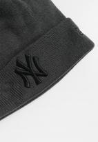 New Era - Knit colour ess cuff neyyan - grey