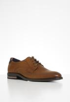 Tommy Hilfiger - Signature hilfiger leather shoe - brown