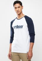 urban° - Mens urban long sleeve raglan T-shirt - white