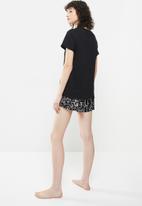 Superbalist - Sleep tee & shorts - black & white