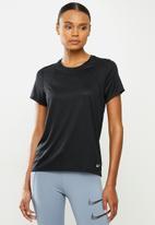 Nike - Nike running t-shirt - black