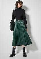 Superbalist - Pu pleated skirt - bottle green