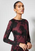 VELVET - Drawstring side ruching knit dress - black & burgundy