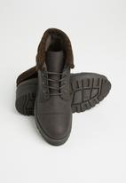 Seduction - Knit panel hiking boot - brown