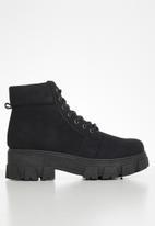 Seduction - Chunky combat boot - black