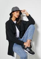 Superbalist - Printed bucket hat - black & white