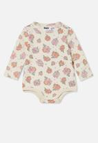 Cotton On - The long sleeve bubbysuit - dark vanilla/retro coral petunia floral