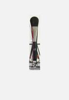 W7 Cosmetics - Face Foundation Brush