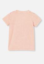 Cotton On - Jamie short sleeve tee - license - musk melon
