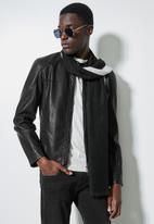 Superbalist - Oblong scarf - black