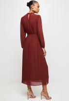 MILLA - Pleated chiffon dress - burgundy