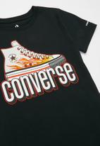 Converse - Cnvb warped check sneaker tee - black
