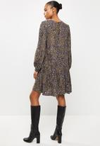 Vero Moda - Sandra long sleeve neck short dress - khaki