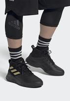 adidas Originals - Ownthegame - cblack/magold/cblack