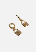 Rubi - Premium huggie hoop - gold plated padlock