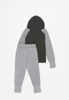 Nike - Nkn tenacity fz jogger set - grey & black