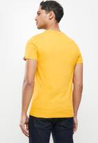 Aca Joe - Aca joe T-shirt - mustard