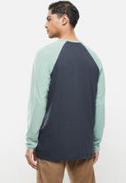 Quiksilver - Lash out long sleeve tee - green & navy