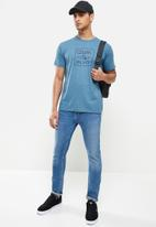 Quiksilver - Into the wide short sleeve tee - blue