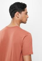 RVCA - Anp pocket short sleeve tee - rust