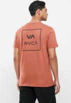 RVCA - Va all the ways tee - rust