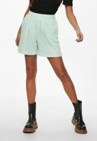 ONLY - Issi life shorts - green