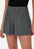 ONLY - Nella shorts - grey