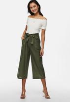 ONLY - Aminta-viva life highwaist culotte pant - green