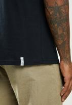 Holmes Bro's - Mental sports club short sleeve tee - black