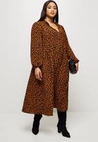 MILLA - Piecrust neck pleated midi dress - brown & black