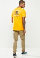 Vans - Frequency short sleeve tee - yellow