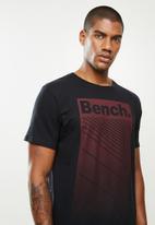 Bench - Vegas short sleeve tee - black
