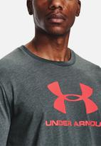 Under Armour - Sportstyle logo short sleeve tee - dark grey