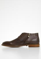 POLO - Dylan leather distressed lace up boot - brown