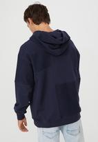 Cotton On - Panelled fleece hoodie - navy