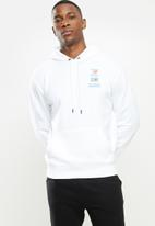 New Balance  - New Balance essentials field day hoodie - white